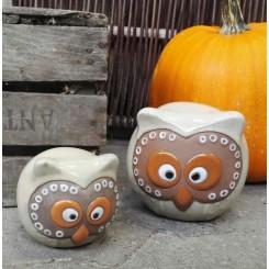 Ugle, Sandfarvet keramik.